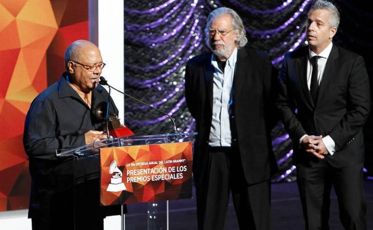 Pablo Milanés dedica premio a la excelencia en los Grammy
